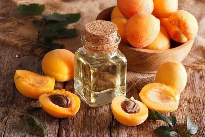 Beneficiile extraordinare ale uleiului din samburi de caise